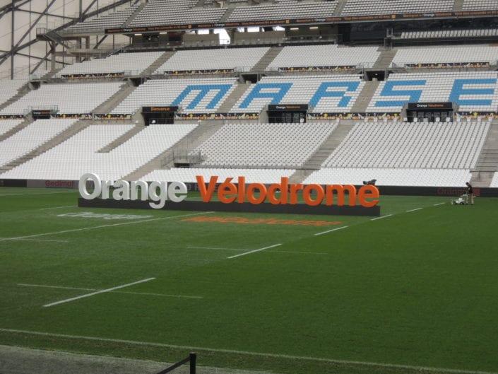 lettres naming orange velodrome