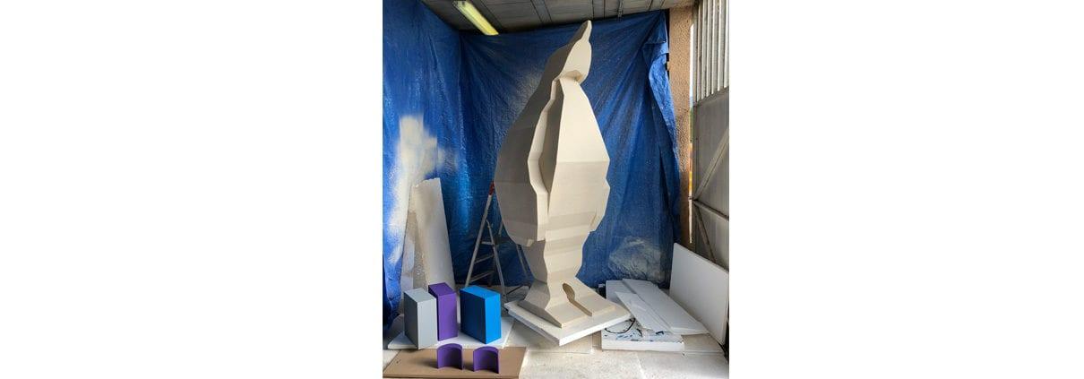 animal factice polystyrene pingouin