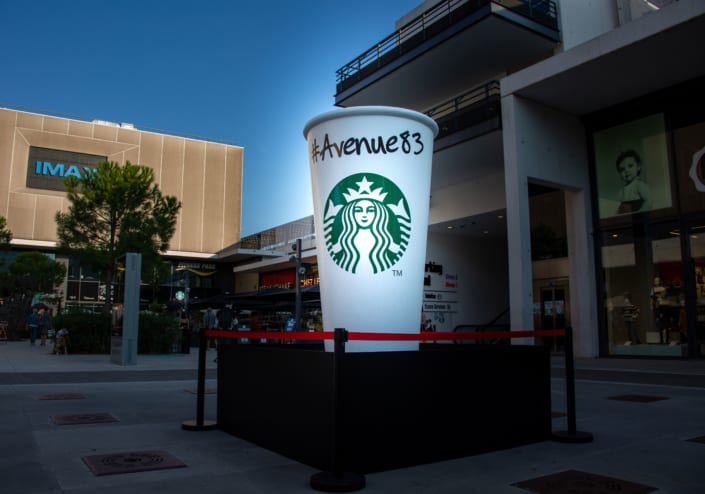 objet-street-marketing-géant-starbucks