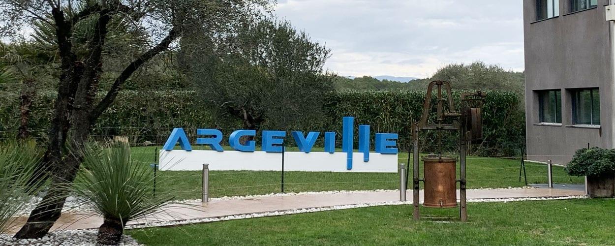 argeville-lettres-geantes-de-ville-resine